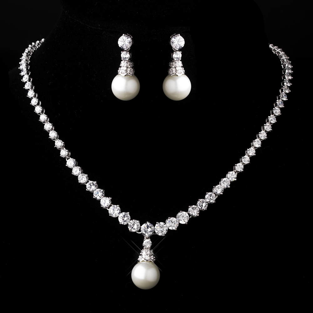 Wedding Bridal Silver Diamond White Pearl Necklace   Earrings  326b46cff